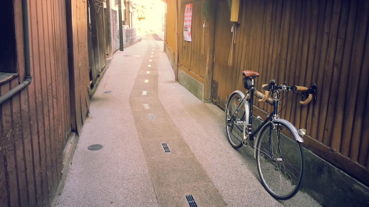 これを読んで旅ができるのかが疑問な自転車本「エイムック 旅する自転車の本」