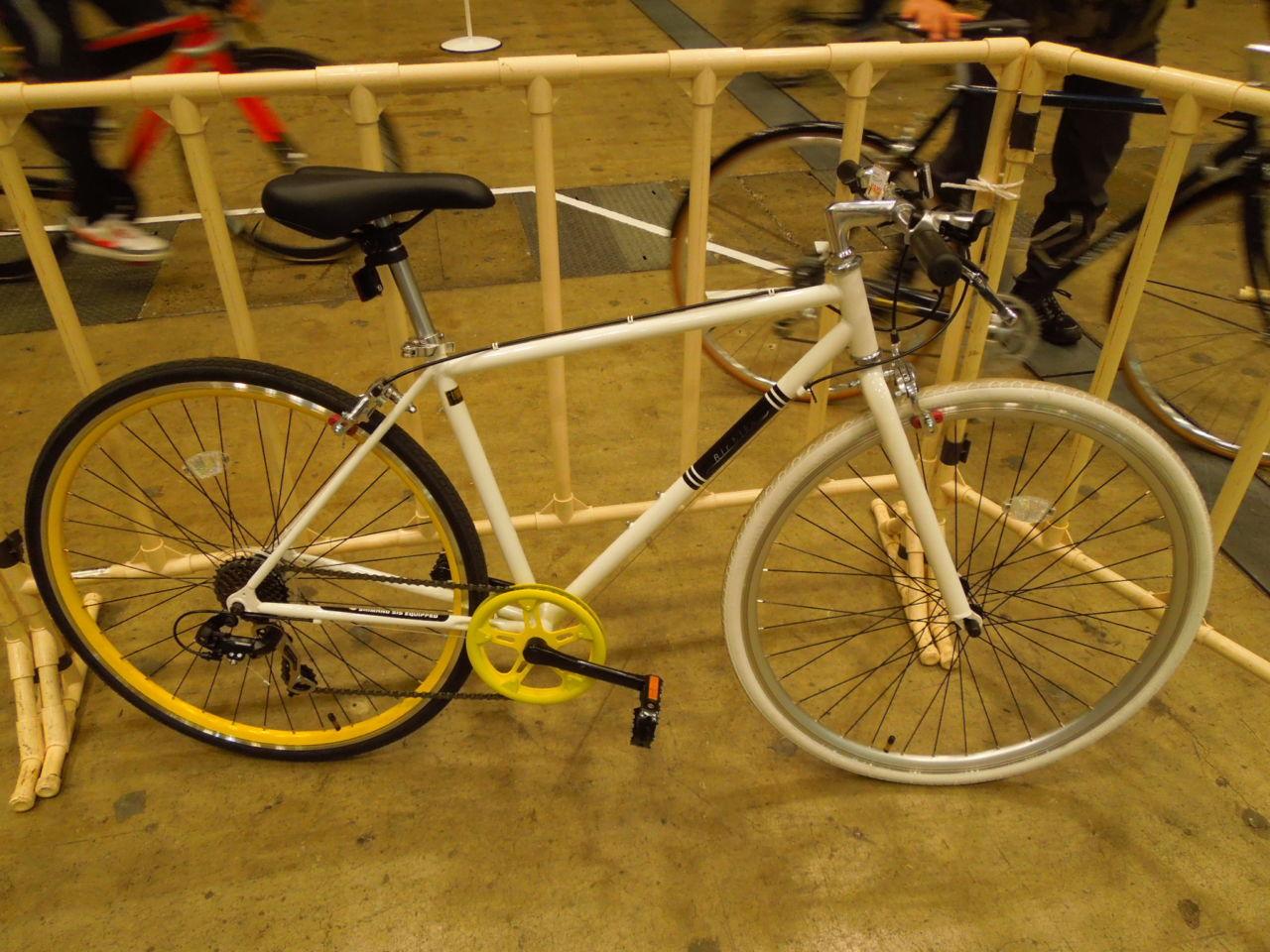 試乗してわかった有名ブランドのクロスバイクと安物クロスバイクルックの違い