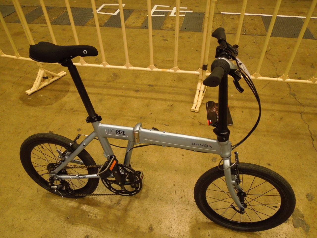 弄りやすい折りたたみ自転車 DAHON HORIZE