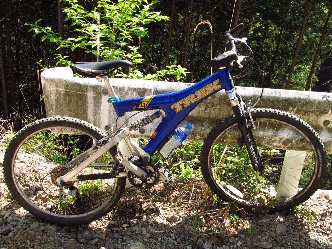 エントリースポーツ自転車はどれくらい進化したか? 嘗てのレース用MTB、TREK Yと比べてみる