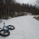 初めてファットバイクで雪道を走った人の「初めてのファットバイク雪道走行ガイド」