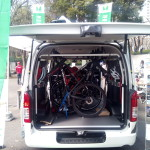 六輪生活 自転車が積みやすいハイエースのコンプリートモデル「モデリスタ・MRT」