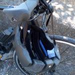 頭の締付けが少なくコンパクトになるヘルメット カレラフォルダブルヘルメット